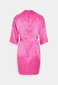 Closet - CLOSET WRAP MINI PENCIL DRESS - Vestido de cóctel - pink - 1