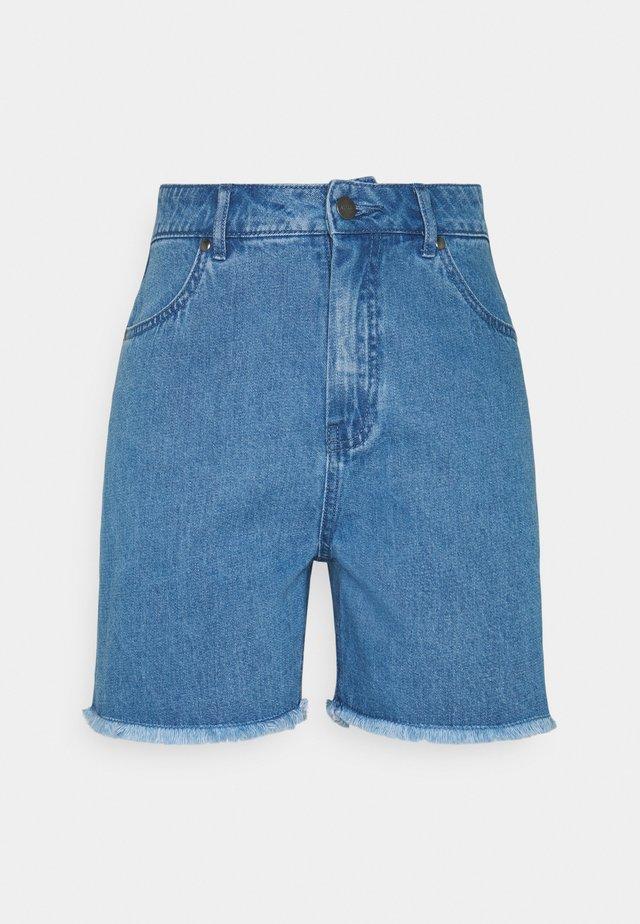SHELBY - Džínové kraťasy - classic blue