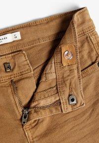 Name it - NKMTHEO  - Slim fit jeans - medal bronze - 5