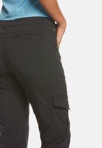 Jeff Green - MARLA - Outdoor shorts - black - 4