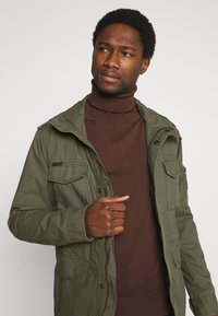 Superdry - CLASSIC ROOKIE  - Summer jacket - washed khaki - 3