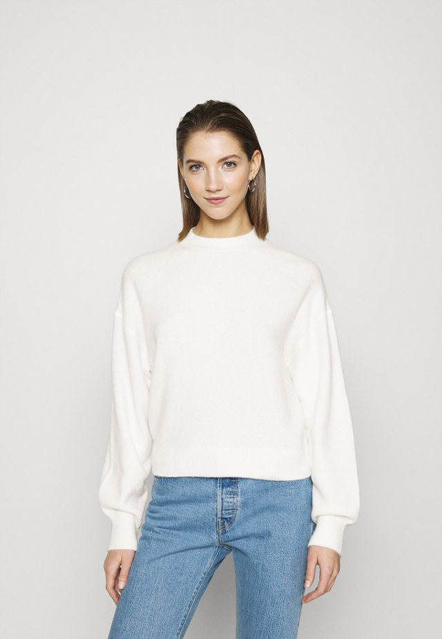 AGGIE  - Sweter - off white