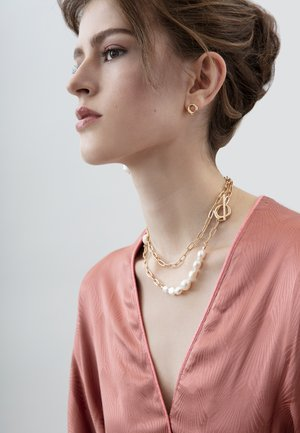 Necklace - gold plating