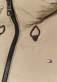 Tommy Hilfiger - SEAMLESS SORONA COAT - Light jacket - beige - 2