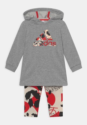 DRESS SET - Collants - medium grey heather/vivid red/white/black