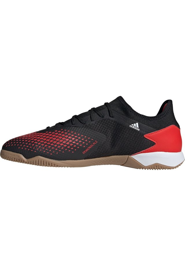PREDATOR 20.3 INDOOR FUSSBALLSCHUH HERREN - Trainers - action red / footwear white / core black