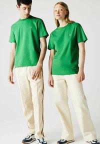 Lacoste - Basic T-shirt - vert - 1