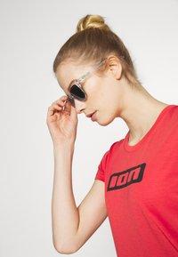 Oakley - FROGSKINS - Sonnenbrille - clear / jade - 1