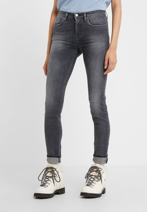 PATTI - Skinny džíny - sling grey
