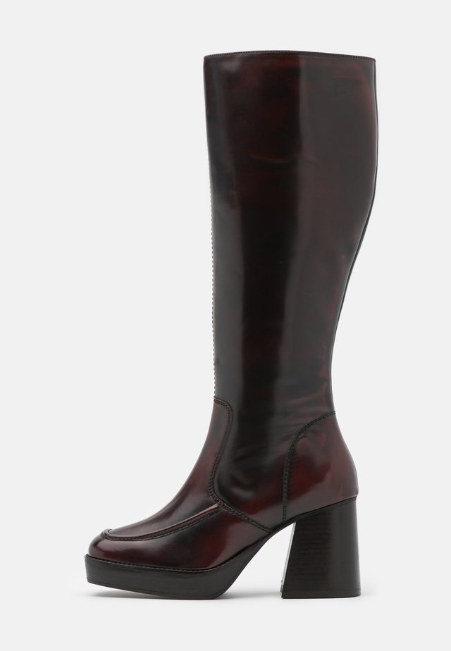 TOKYO HIGH LEG MID PLATFORM BOOT - Stivali con plateau - burgundy