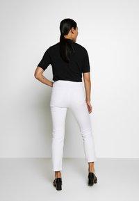 Filippa K - STELLA CROPPED - Skinny džíny - white - 2