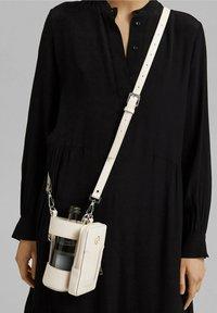 Esprit - Across body bag - light beige - 0