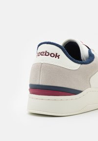 Reebok Classic - AD COURT - Trainers - chalk/classic burgundy/vector navy - 5
