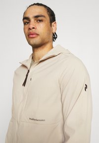 Peak Performance - TECH A2B LIGHT - Soft shell jacket - celsian beige - 3