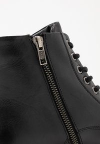 Pepe Jeans - PORTER BOOT - Lace-up ankle boots - black - 5