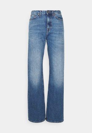 LORE - Flared Jeans - medium blue