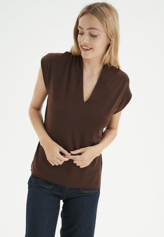 YAMINI KNTG - T-shirt basic - coffee brown