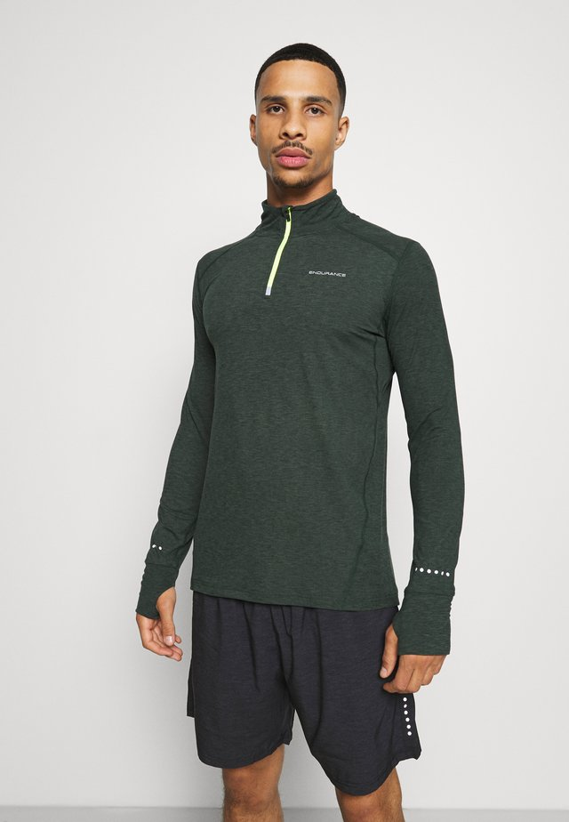 TUNE MIDLAYER - T-shirt de sport - deep forest