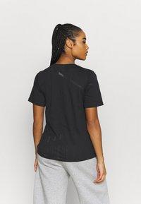 Reebok - BURNOUT TEE - T-shirt con stampa - black - 2