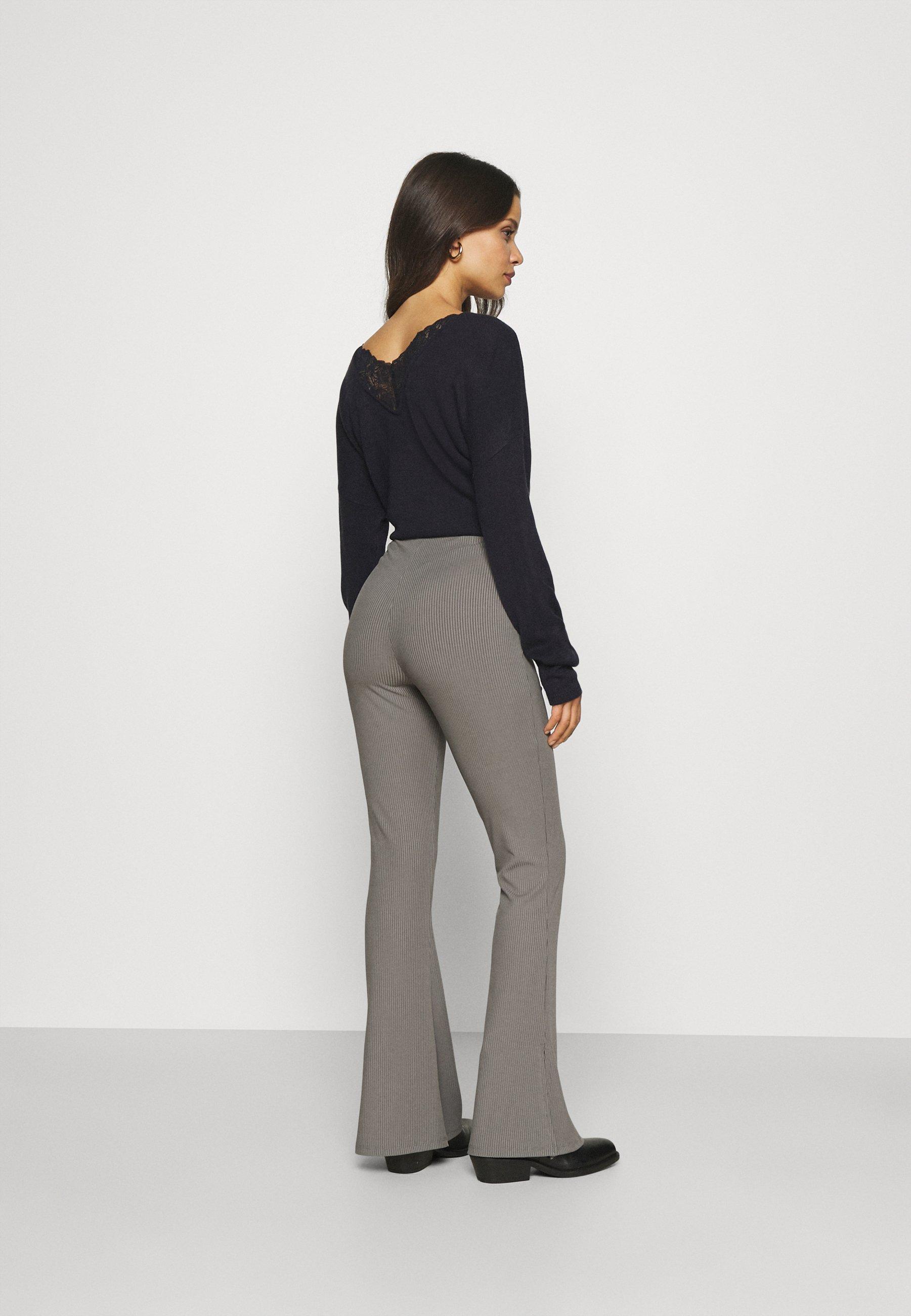 Damen SPLIT HEM FLARE - Stoffhose - dark grey