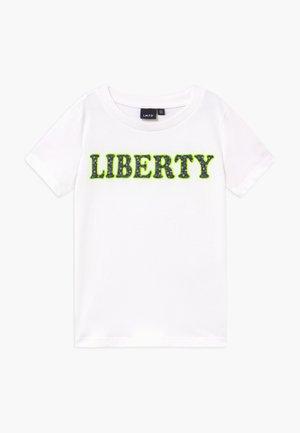 NLFBIANCA - Print T-shirt - bright white