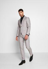 Bertoni - DREJER JEPSEN SUIT - Suit - light grey - 1