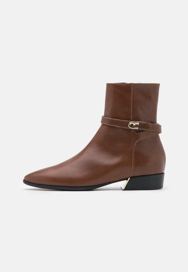 GRACE BOOT - Classic ankle boots - cognac