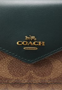 Coach - COLORBLOCK SIGNATURE SMALL WALLET - Wallet - tan/forest - 5