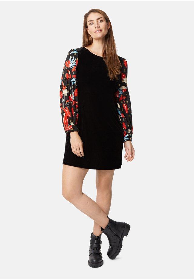 COLBY - Shift dress - black