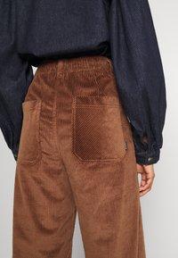 Dedicated - WORKWEAR PANTS VARA - Trousers - friar brown - 6