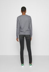 Calvin Klein - CORE LOGO - Sweatshirt - mid grey heather - 2