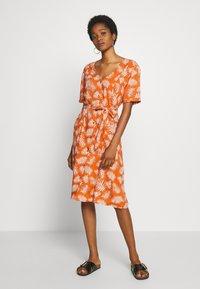 Blendshe - BSCRUZ DRESS - Shirt dress - mango - 0