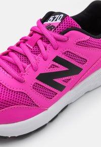 New Balance - YK570 UNISEX - Neutral running shoes - power pink - 5