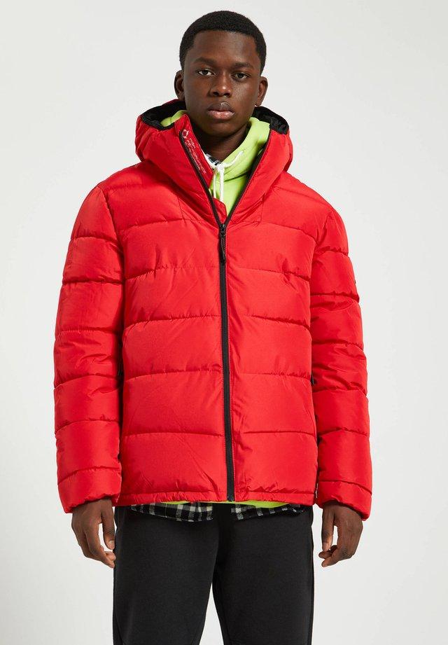 Talvitakki - red