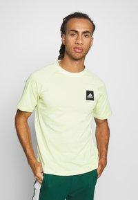 adidas Performance - Print T-shirt - yeltin - 0