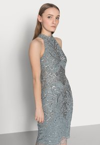SISTA GLAM PETITE - GLOSSIE  - Cocktail dress / Party dress - grey/blue