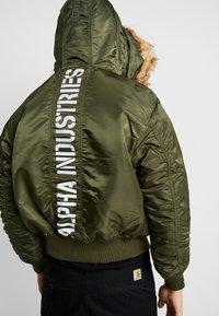 Alpha Industries - HOODED CUSTOM - Light jacket - dark green - 2