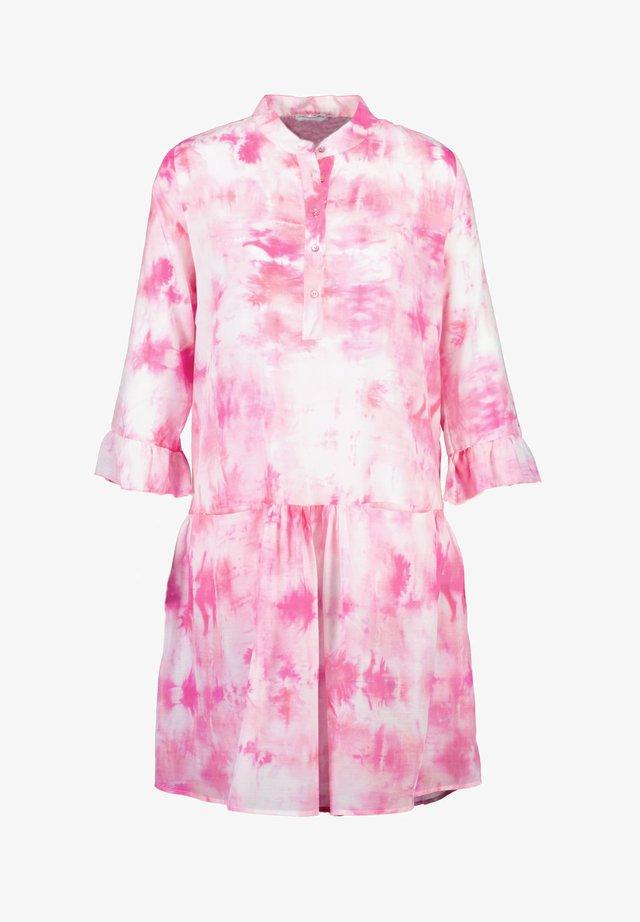 Shirt dress - pink batik