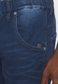 G-Star - SPORT TAPERED - Jeans Tapered Fit - aged - 4