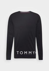 Tommy Hilfiger - CORP LOGO LONG SLEEVE TEE - Maglietta a manica lunga - blue - 3