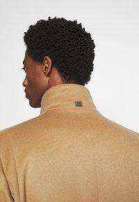 Strellson - NEW - Klasický kabát - camel - 4