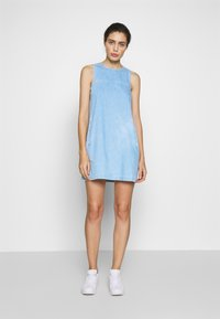 Neuw - KATE DRESS - Denim dress - vintage blue - 1
