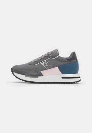 HAZEL - Sneakers laag - grey harbor