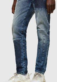 Diesel - D-STRUKT - Straight leg jeans - medium blue - 4
