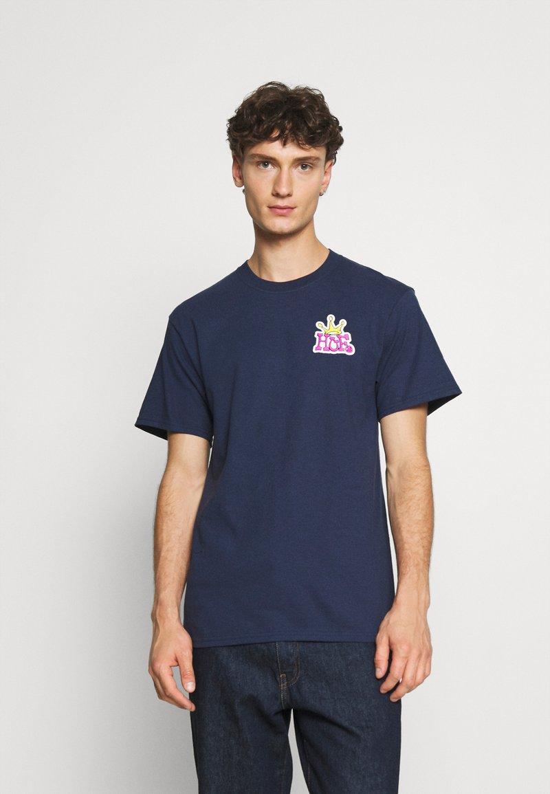 HUF - CROWN LOGO TEE - Print T-shirt - navy