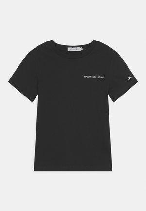 CHEST LOGO - Jednoduché triko - black