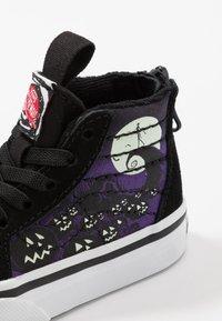 Vans - NIGHTMARE BEFORE CHRISTMAS SK8 - Sneakers hoog - black - 7