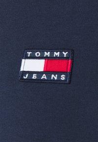 Tommy Jeans - BADGE LONGSLEEVE - Longsleeve - marine - 2