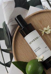 SENSORI+ - GAYNDAH ORCHARD 4625 - Home fragrance - - - 1