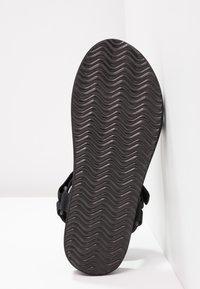 Vero Moda - VMMARBLE - Sandales de randonnée - black - 6